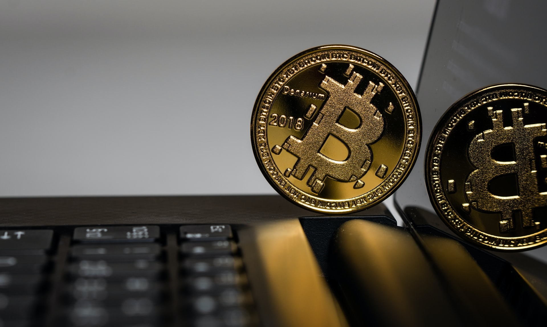 Image of Bitcoin on laptop
